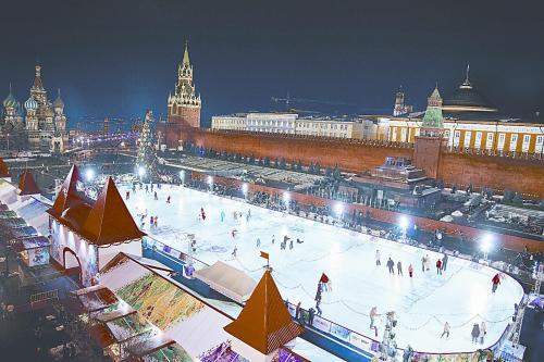 位于红场的滑冰场。