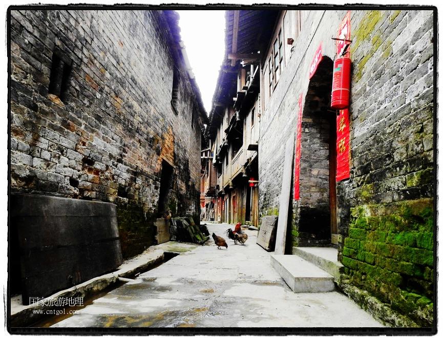 增冲侗寨古建筑保存完好 (1)