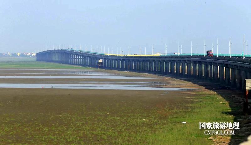江西鄱阳湖提前进入枯水期