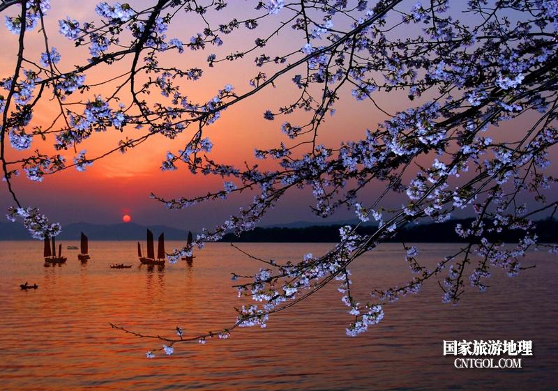 太湖晚霞夕照美景