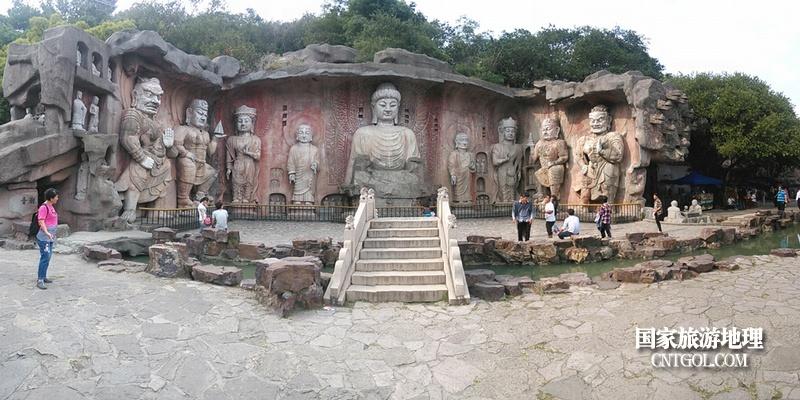 太湖仙岛上的大佛群雕像