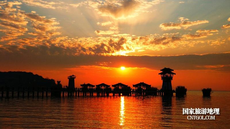 无锡太湖三国城夕阳美