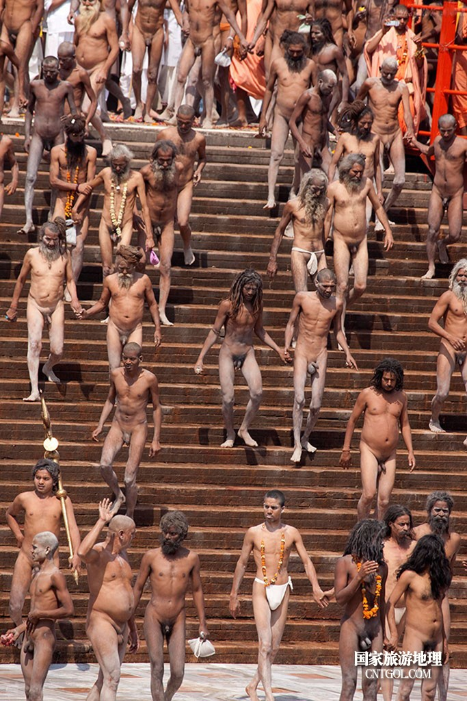 印度人救赎灵魂的大壶节/印度人的朝圣狂潮