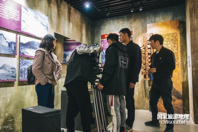 《挺进师》纪录片在温州泰顺开拍/泰顺县九峰乡白柯湾纪念馆拍摄