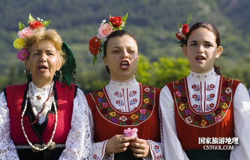 在那玫瑰花盛开地方保加利亚/唱歌的女人