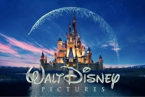 《复联4》的票房和泪水贡献完后,终于可以去迪士尼漫威园区玩了