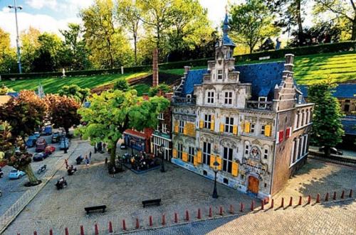 从阿姆斯特丹到海牙 荷兰春色满盈的观景大道