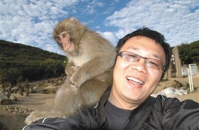 女友探班母猴吃醋 求女友的心理阴影面积(组图)