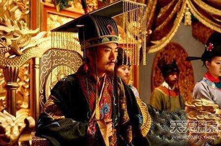 最无奈的皇帝:宁死不继承皇位被打晕扛上龙椅