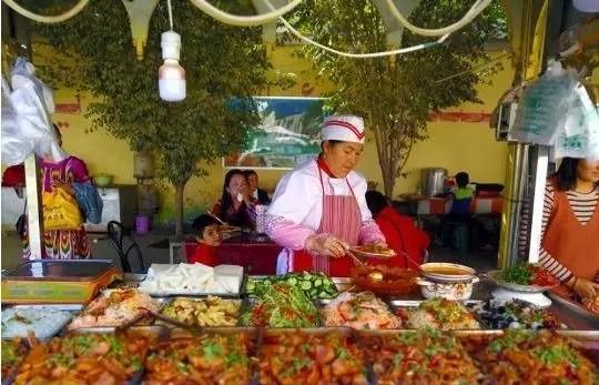 和田地区洛浦县第五届美食开幕
