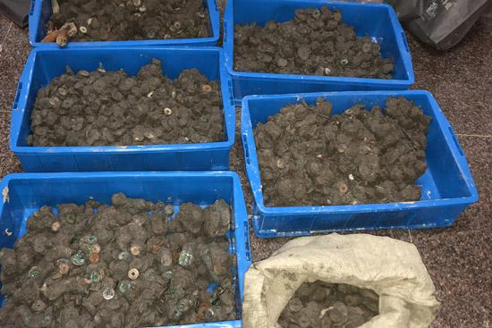 海宁干河街历史街区保护开发项目工地发现大量古钱币